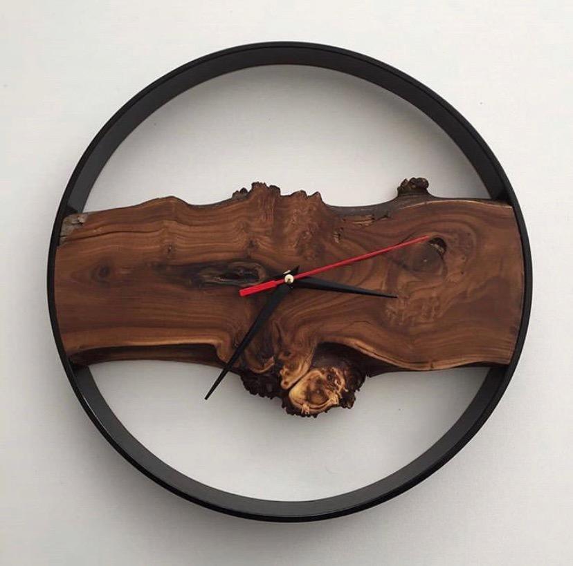 Часы лофт из спила дуба