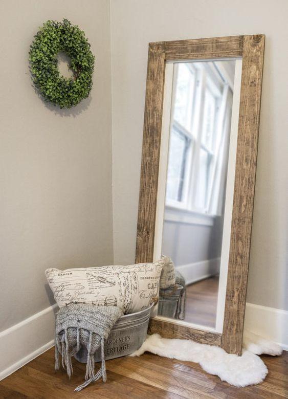 Зеркала в стиле лофт в интерьере