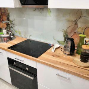 Кухонная столешница из массива карагача